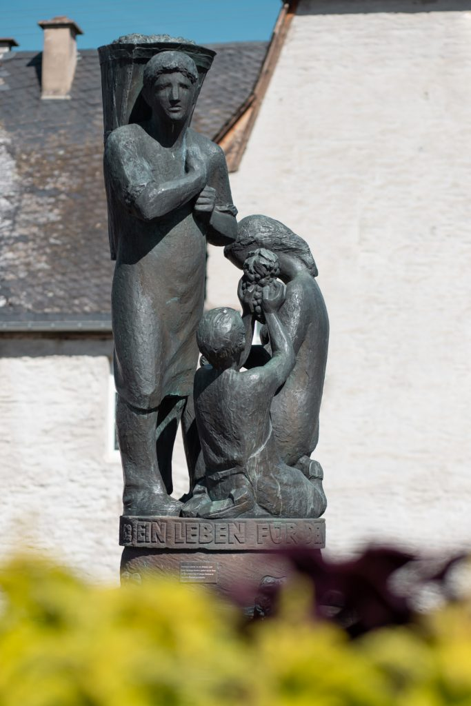 Weinbrunnen Leiwen